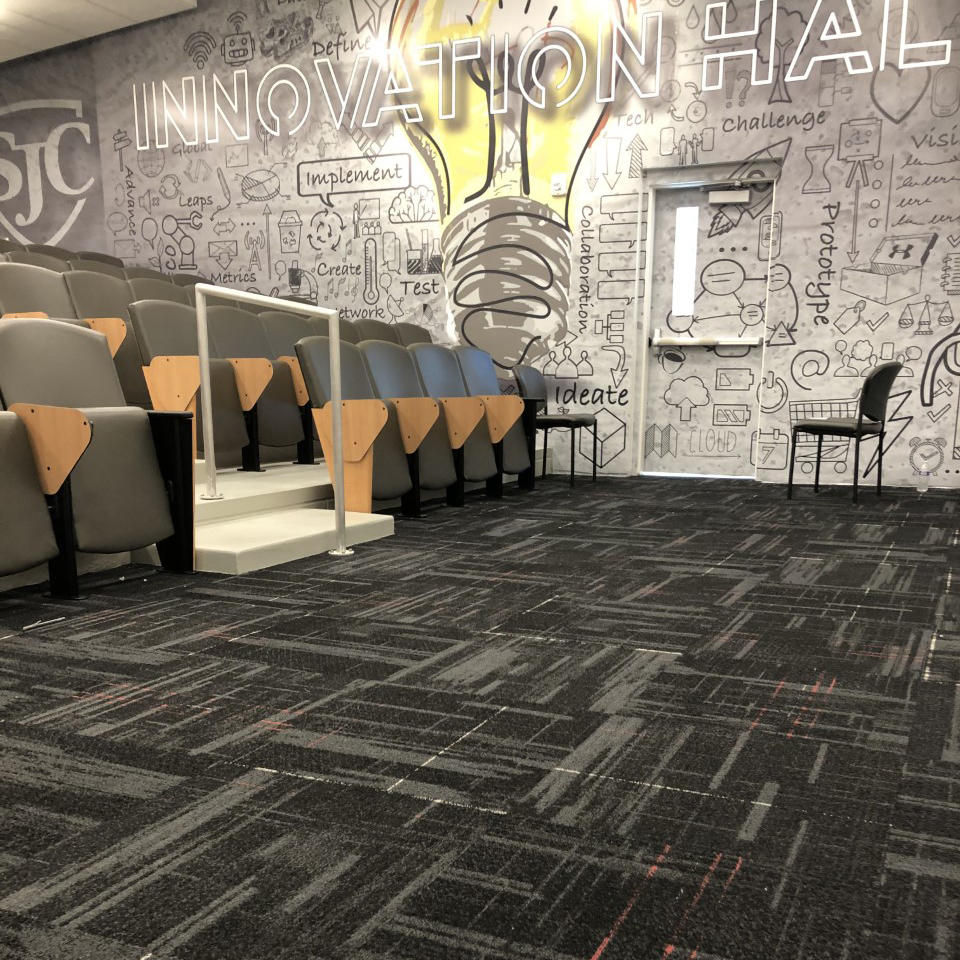 StJohnsCollegeHighSchool_CaseStudy_Innovation Hall grey carpet installation for education schools