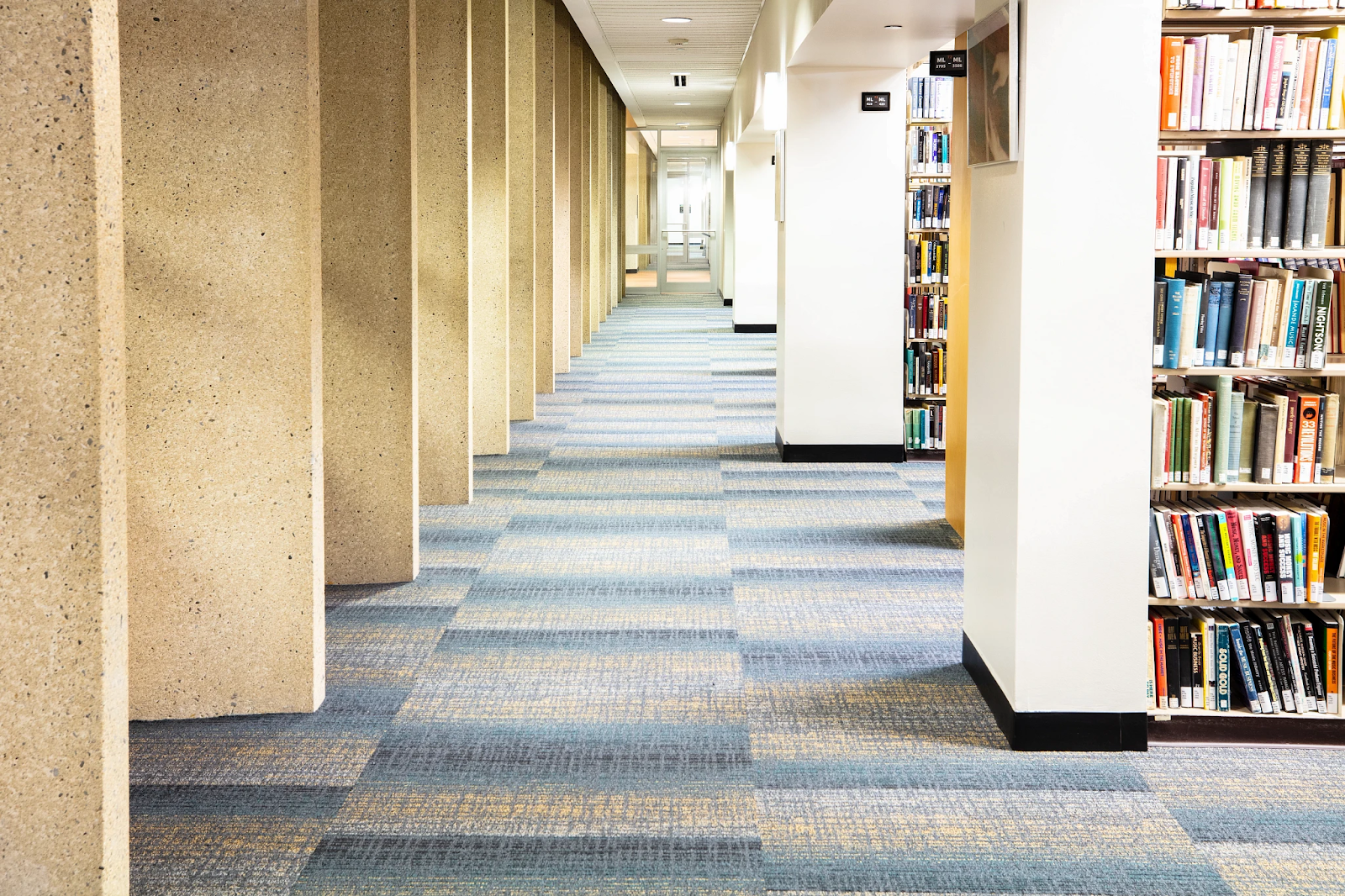 blue and grey carpet flooring for commercial spaces and education spaces